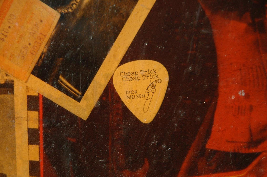 Cheap-Trick-guitar-pick